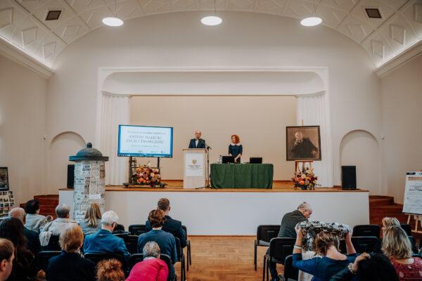Konferencja - Antoni Małecki -